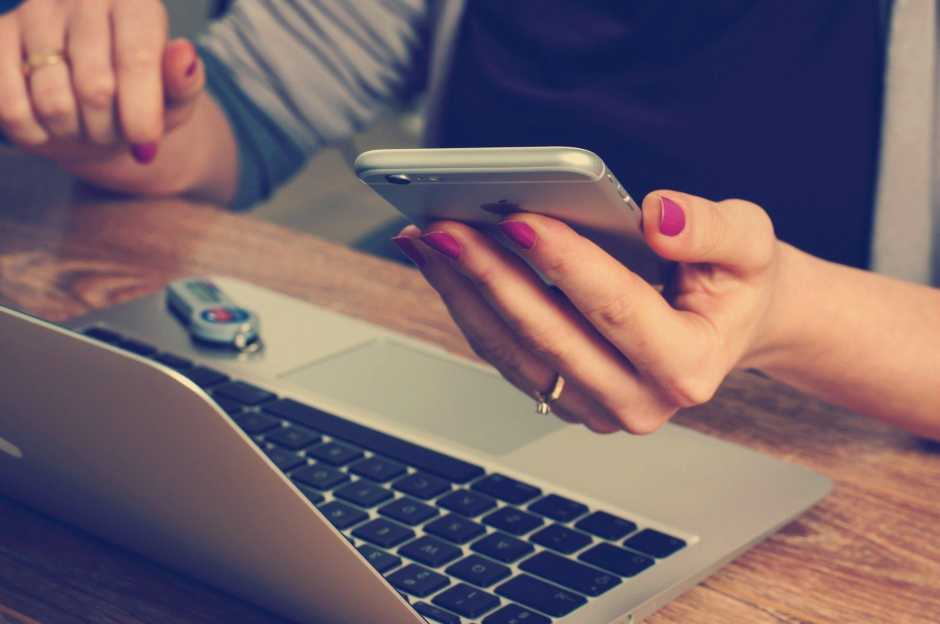 Book an Online Presentation